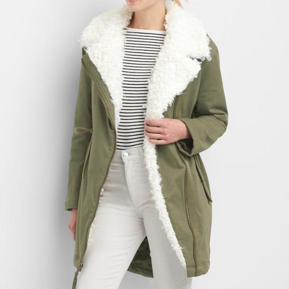 GAP faux fur lined army green parka jacket NWT NWT